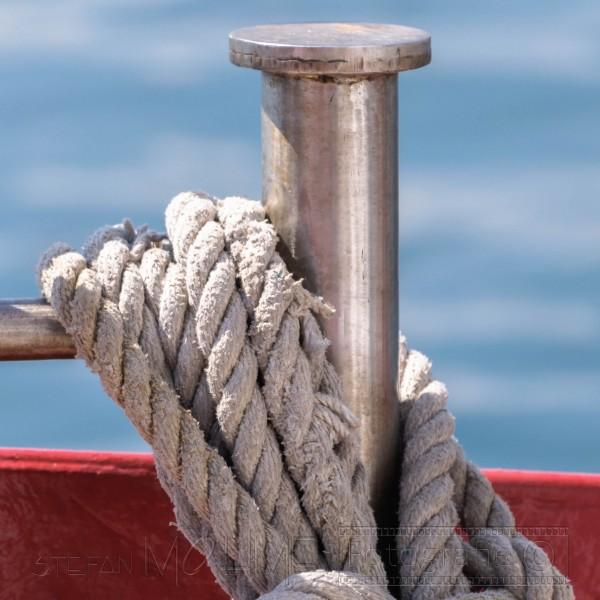 nahaufnahme,alt,seile,details von alten seilen