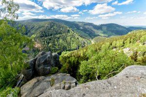 Berge,harz,aussicht,wolken,wald,gruen,natur,landschaft