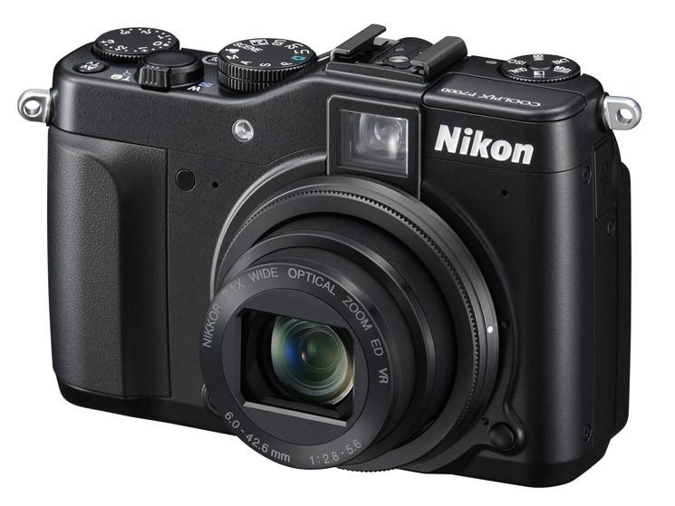 Kompaktkamera oder Smartphone als Backup nutzen.