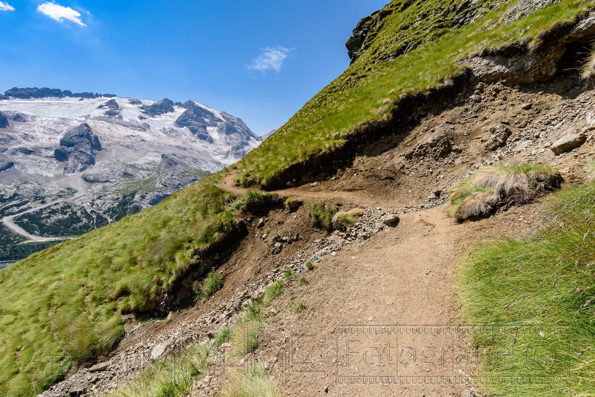 Wanderung in den Dolomiten: auf dem Bindelweg.