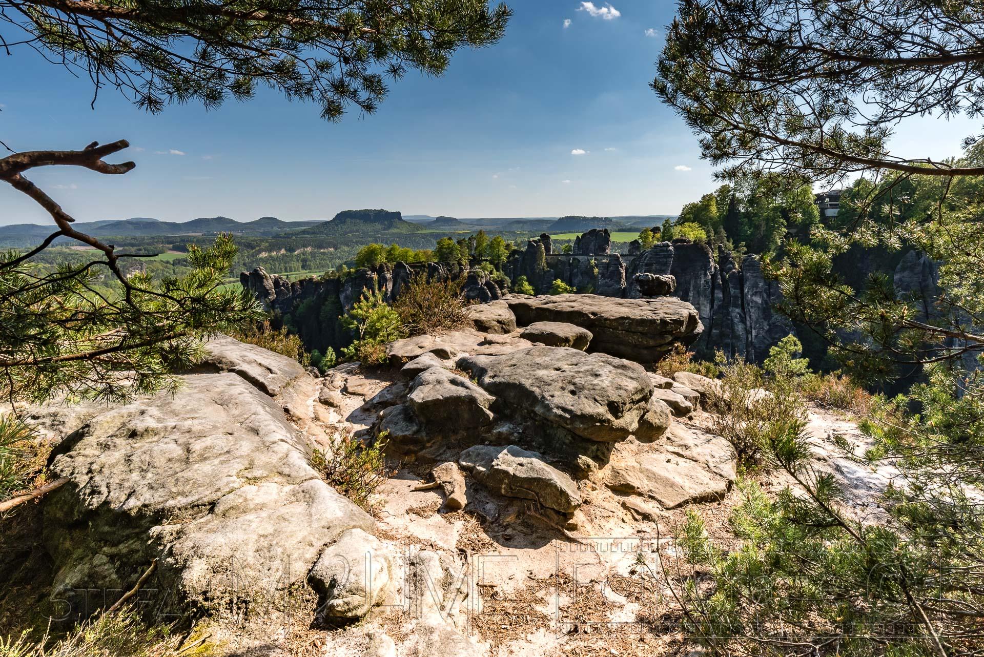 Elbsandsteingebirge, Rundwanderung Bastei und Uttewalder Felsentor.