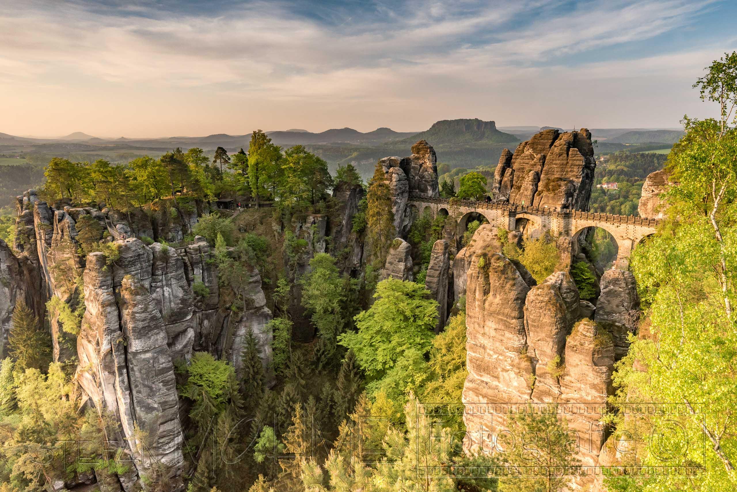 landschaft ,elbsandsteingebirge,sonnenaufgang,bastei,basteibruecke