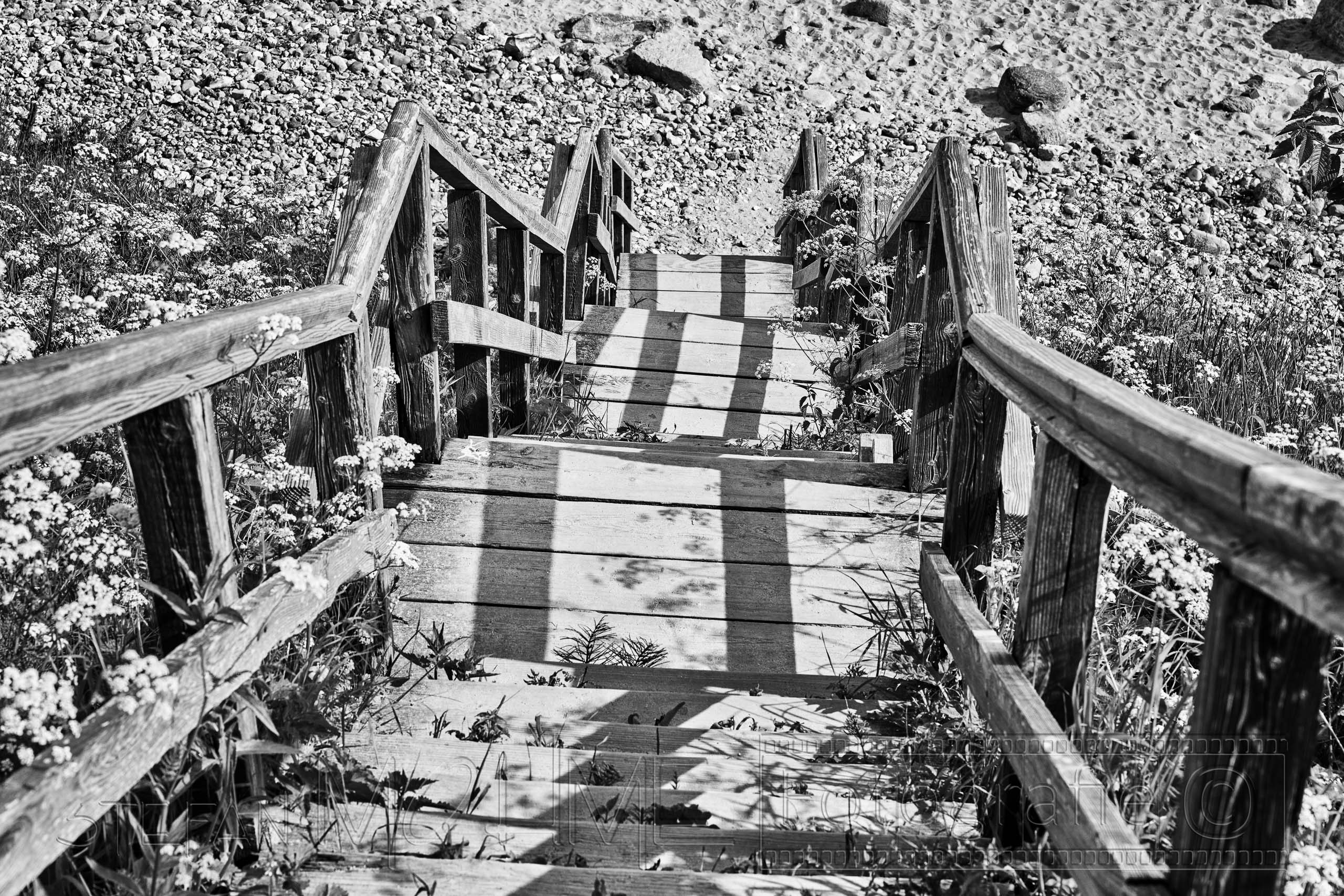 Treppe, Strand , Schwarzweiss
